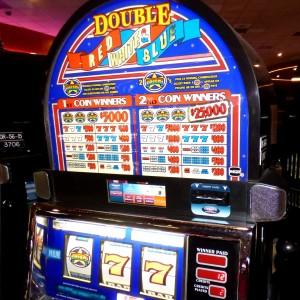 lucky red casino winners